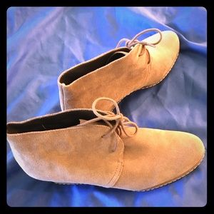 Brushed suede boots- size 9